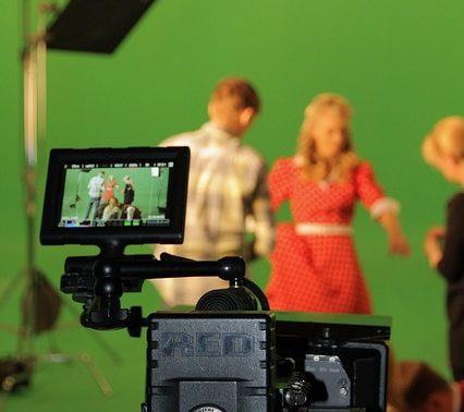 5 נקודות שיש לקחת בחשבון לקראת הפקת סרטון לעסק שלכם